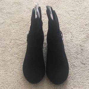 Womens Black Ankle boots Sz 9W